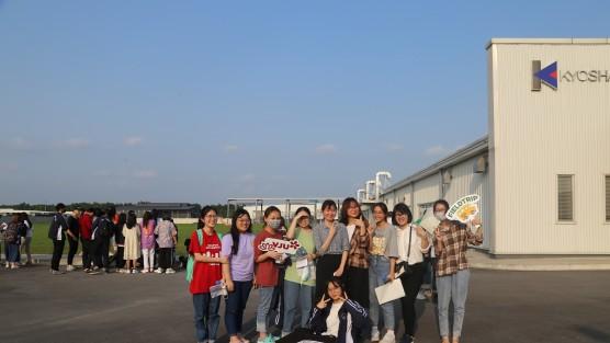 Sinh viên đại học Trường Đại học Việt Nhật, ĐHQGHN tham gia nhiều hoạt động thực tập, thực tế ngay từ năm đầu